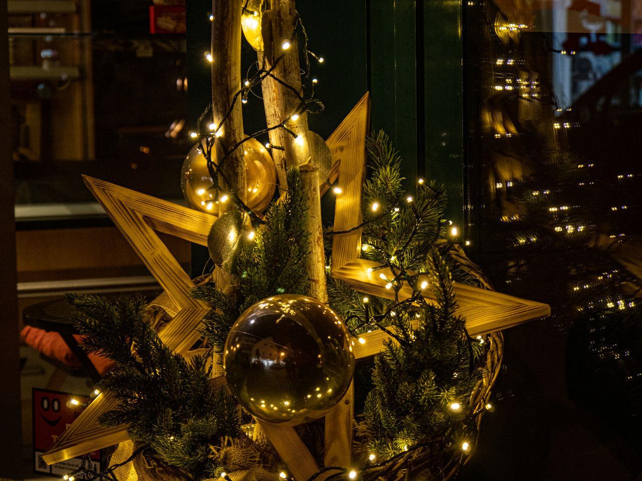 christmas, holiday, christmas tree, tree, celebration, decoration, illuminated, christmas decoration, christmas ornament, christmas lights, holiday - event, celebration event, indoors, night, no people, trip, religion, vacations