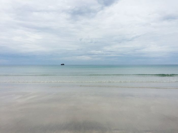 Sea Horizon Over Water Water Sky Scenics Beauty In Nature Tranquility Beach Nature Cloud - Sky Tranquil Scene No People Day Outdoors Sand Travel Destinations
