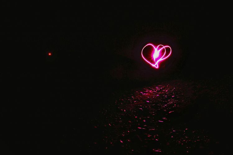 Exceptional Photographs This Week On Eyeem The OO Mission Experimental In The Night Long Exposure Trying Light Drawing Heart Shape