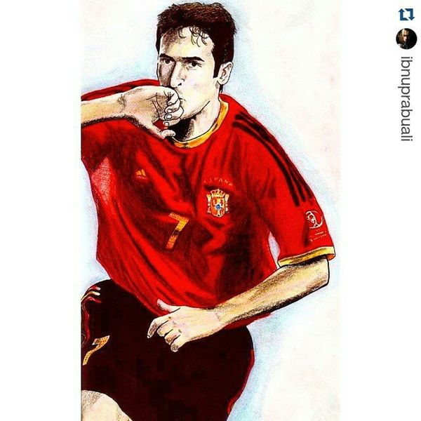 Repost @ibnuprabuali with @repostapp ・・・ Art Illustration Drawing Draw Picture Photography Artist Sketch Sketchbook Paper Pen Pencil Artsy Instaart Gallery Masterpiece Creative Instaartist Graphic Graphics Artoftheday SPAIN España Raul raulgonzalez worldcup2002 raulgonzalezblanco football soccer