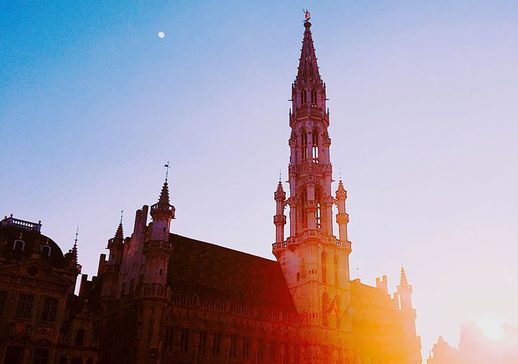 She will keep rising when the sun goes down. Sunset GERMANY🇩🇪DEUTSCHERLAND@ Kölner Dom Architecture Building Exterior Built Structure Tower Low Angle View Clock Tower Religion Outdoors City No People Skyscraper Travel Destinations Day Clock Sky Clear Sky Cityscape First Eyeem Photo