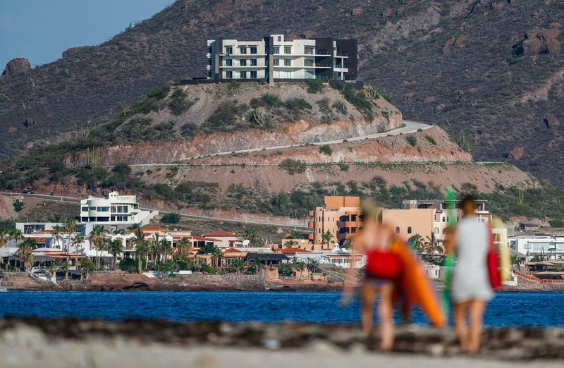 landscapes of beach, sea and the tourist area of San Carlos, Sonora, Mexico. Gulf of California. Travel, travel Holidays, sun, daylight, vacation. lbeach, sea, hotels, condominiums and tourism area of San Carlos, Sonora. Mexico. Gulf of California. Travel, travel Holidays, sun, sand, daylight, vacation. Landscapes of beach, sea and the tourist area of San Carlos, Sonora, Mexico. Gulf of California. Travel Travel. Holidays, sun, daylight, vacation. beach, sea, hotels, condominiums and tourism area of San Carlos, Sonora. Mexico. Gulf of California. Travel Travel. Holidays, sun, sand, daylight, vacation. Clear Sky Green Color Ocean View Oceans Sonora Mexico Water Beauty Water Reflections Aerial View Beach Coast Line  Green Water Incidental People One Person Outdoors Outdoors Photograpghy  Outdoors Photography Outdoors, Outside, Open-air, Air, Fresh, Fresh Air, People Land San Carlos Scene Mountain Sea Sea And Sky Seascape Sky Travel Destinations