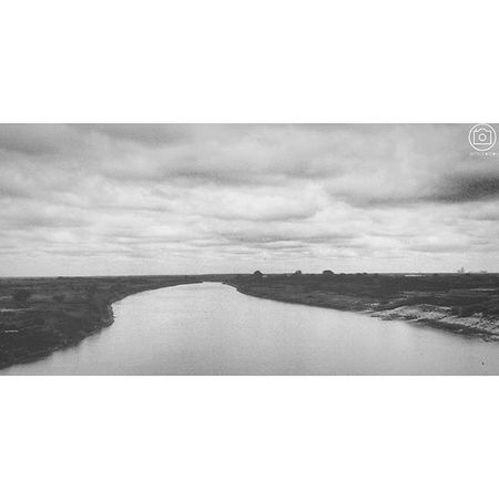 "The White Volta. Photocred: Enoch ""robot boy"" Appiah Jr. (©2015) AndroidPhotography Monochrome Ghana360 Ghana visitghana Tamale iger lake mobile PhonePhoto scene landscapes landscape_lovers lakelife"