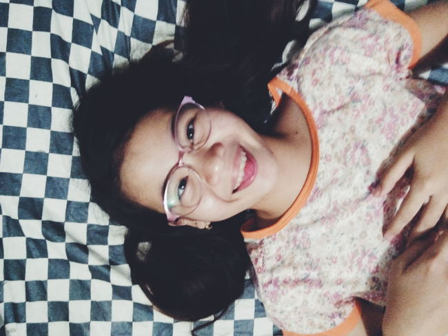 Portrait Looking At Camera One Person Smiling Indoors  Happiness Cheerful Close-up WeekOnEyeEm Eyeem Philippines EyeEmNewHere EyeEmBestPics EyeEm Selects Pink Glasses Floral Wackyface Funny Face TheWeek On EyEem TheWeekOnEyeEM