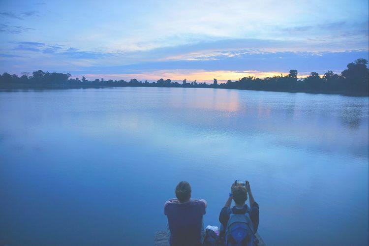 日出🌅 日出☀ Sunrise EyeEmNewHere 皇家浴池 Srah Srang Angkor Wat, Cambodia Blue Cloud - Sky Cambodia Sunset_collection Siem Reap