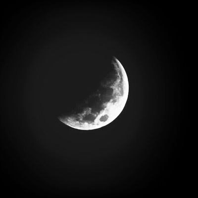 Eclipsing - Supermoon 2014 Bloodmoon KennethJBrown