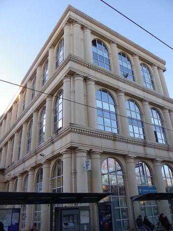 Montpellier : Antigone est un quartier de Montpellier conçu par l'architecte catalan Ricardo Bofill à partir de 1977 sous l'impulsion du maire de Montpellier Georges Frêche. La majorité des immeubles a été construite sur un style inspiré par l'architecture de la Grèce antique