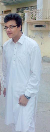 sometimes Decent -_- Eid shalwar kameez <3