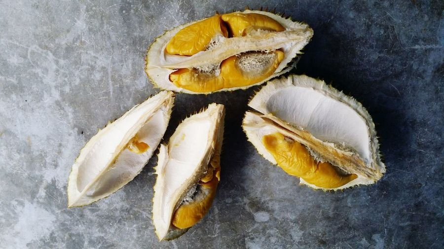 Tasty looking yellow durians Smelly Fruit Smelly Tasty😋 Malaysian Fruit Malaysia Southeast Asia Asean Fruit Yellow Yellow Yummy Durian Durians Shop