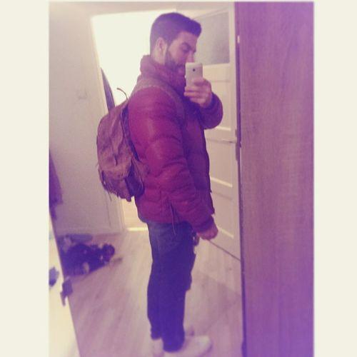 Izyaboi Newleatherbackbag Jordan1midwhite Reddieseljacket