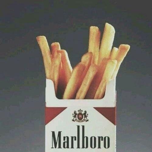 омномном картошка сигаретки Fast_food marlboro -- почему ты так много жрешь?! -- мне кажется у меня неплохо получается...