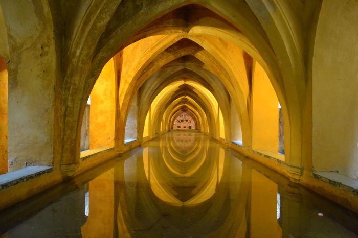 Alcazar Alcazar De Seville Bath SPAIN Sevilla Sevilla Spain Arch Architectural Column Architecture Bathroom Built Structure Day Gamesofthrones Indoors  No People Palace
