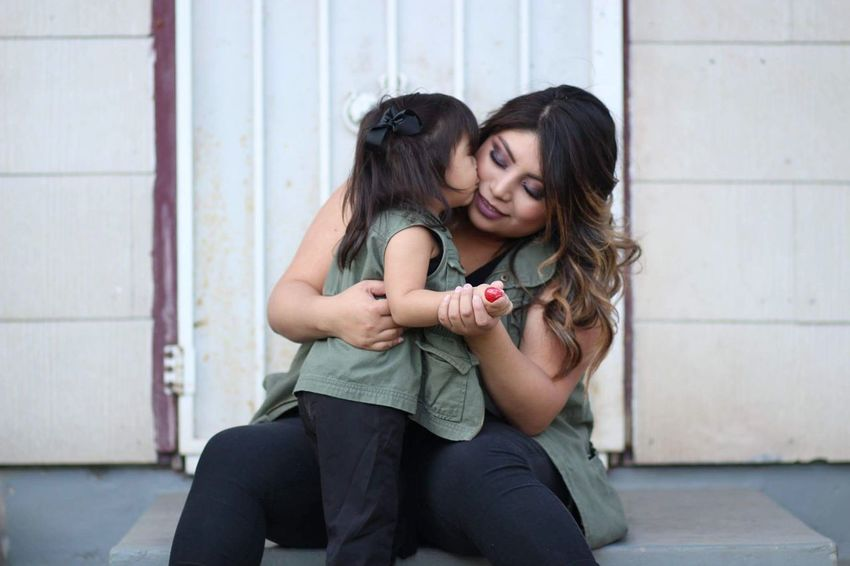 Went out for photoshoot . Mommy & Daughter  Love Mom And Daughter Moment Portrait Family Portrait Lifemoment Photography Project Canon85mm1.8 Matching Outfits Mother & Daughter Mother Daughter Eeyem Photography