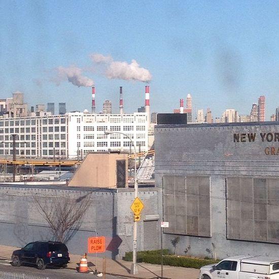City smoke #commute #lirr #nyc #StartOfMyDay Commute LIRR  Startofmyday NYC