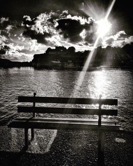 First Class Seat -. Finikounda Firstclass Sunbeam Emptyseat Water Sky Nature