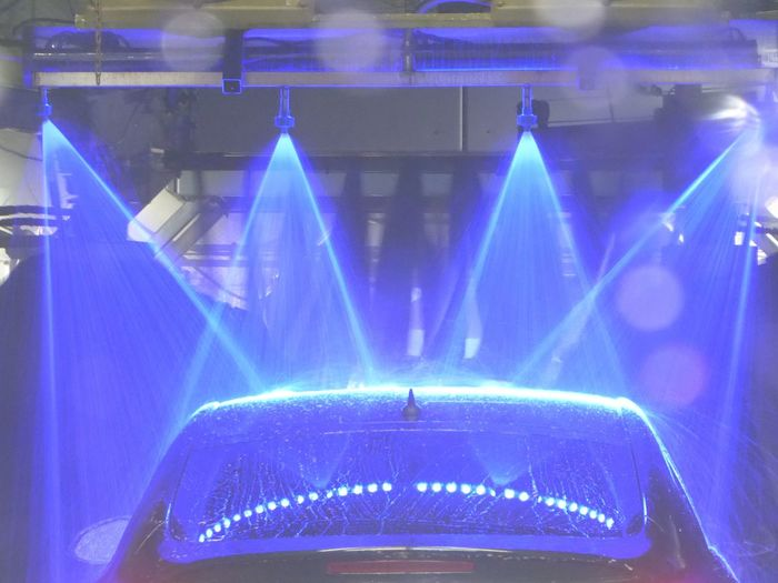 my First Time in a carwash🙄😄 For My Friends😚 Lucky Me🦄 Simple Beauty CarWashTime Love It❤ Arts Culture And Entertainment Music Performance No People