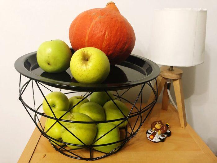 Fruits Potiron Potiron Halloween Donkey Kong Fruit Food And Drink Food Healthy Eating Still Life Indoors  Freshness Bowl Table