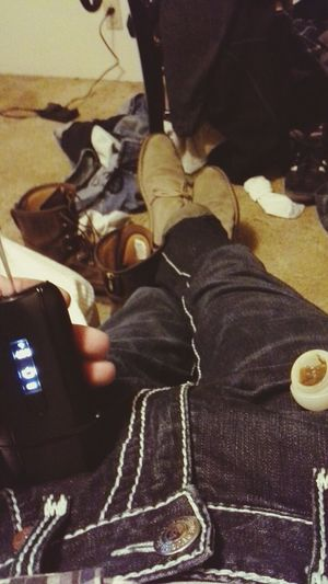 just sitting here vaping., VapeLife StayTrue  Chucka That's Me
