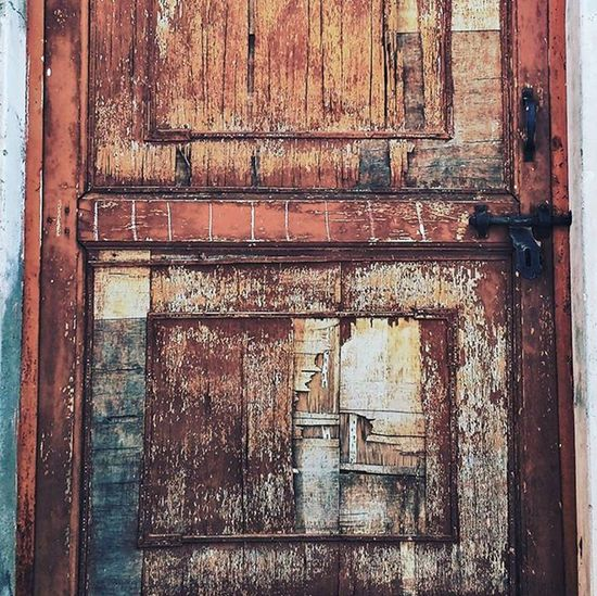 Door Broken Wood Geometry Architecture Brokendoor Detail Detailphotography Brown Plank Opportunity Doorofopportunity Streetphotography Old Oldwood Minimalism Minimal Snapseed Snapseeded Mobilephotography Motog3gen Motog3 Explorevisuals CripixtMovement
