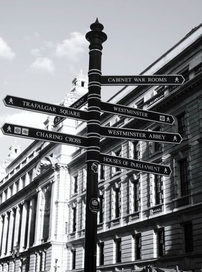 Beautiful Directional Sign Directions Street Photography City Life Inspiration Taking Photo Eye4photography  EyeEm Gallery Travel Photography Popular EyeEm Best Edits London Londonlife Comunication Taking Photos No People, Getty X EyeEm Photo Streetphoto_bw Streetphotography Walking Around Open Edit Looking Up Inspired Check This Out The Street Photographer - 2017 EyeEm Awards The Architect - 2017 EyeEm Awards EyeEm LOST IN London