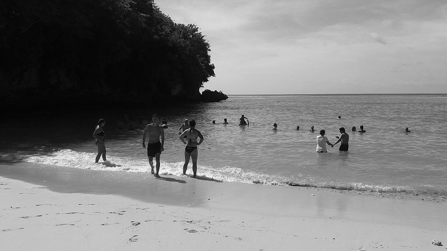 Bali-Indonesia Hanging Out Taking Photos Relaxing Enjoying Life Nature Is Art Family Time Sky And Sea Beach Day Black&white/bright