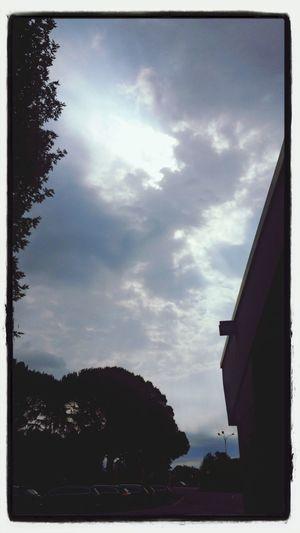 イタリア滞在4日目にして、雨の予感、、、