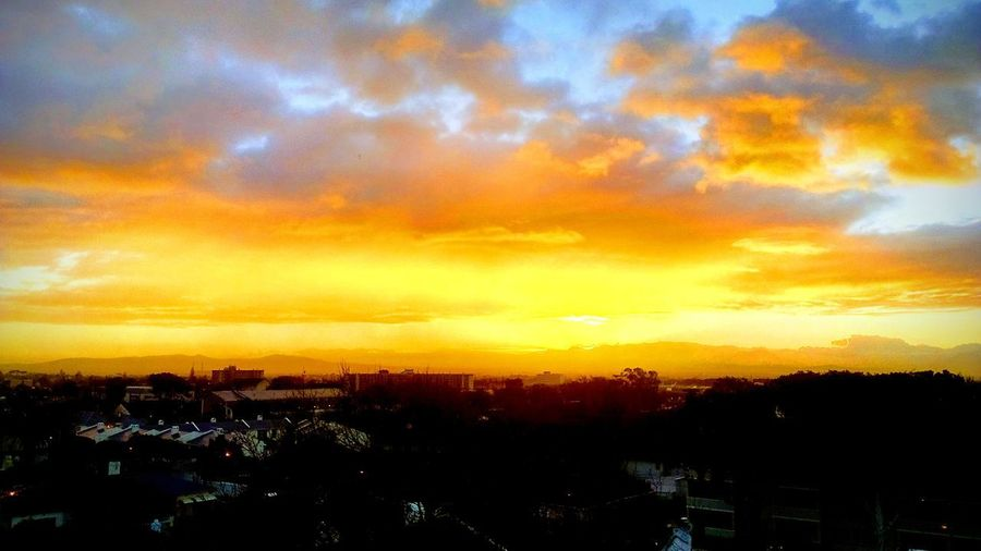 Magnificent Sunrise! Dramatic Sky Sky Cloud - Sky Atmospheric Mood Silhouette Tranquility