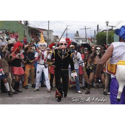 Danza Performance Cultures Celebration Mask - Disguise Culture Street Men Naolinco, Veracruz, Mexico. Beautiful Naolinco Naolinco Vestuario Negros Tradición Mascaras  Pilatos