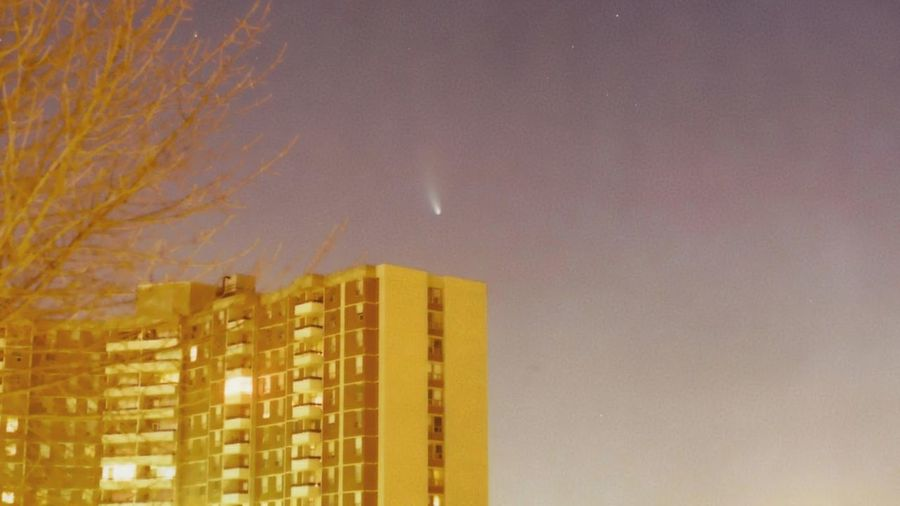 Comet Hale-Bopp as seen from Toronto City Building Exterior Urban Skyline No People Gold Colored Outdoors Apartment Sky Night Astronomy Comet Hale Bopp