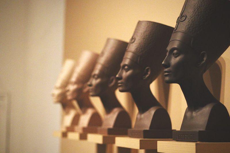 What is Nefertiti's true complexion? Indoors  Nefertiti Museum Egypt Kemet Brooklyn New York City Melanin Black Issakhari EyeEmNewHere
