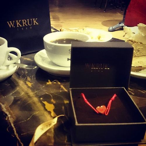 Surprise..., love..., heart!!! Love Surprise Gold Heart Wkruk Warszawa  Centrum Greencaffenero Bracka Romantic Caffè 😍😘💞