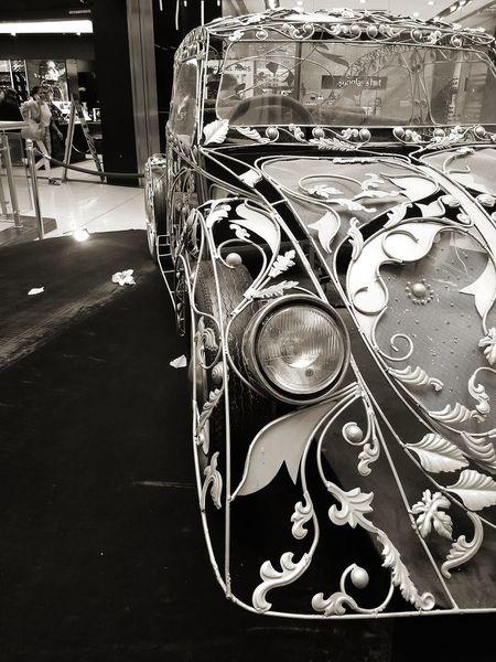 peekaboo!! Invisible Ride The Car The Art Close-up 10 #urbanana: The Urban Playground