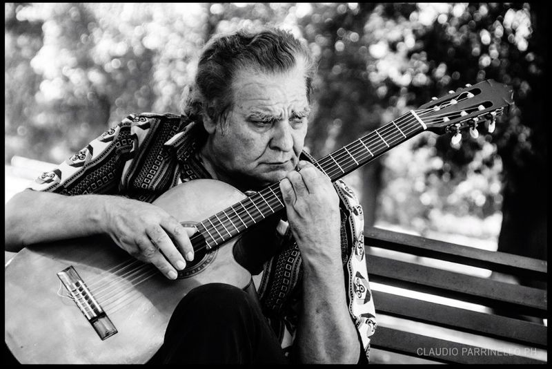 Guitarist in Rome Playing Lifestyles Music Musical Instrument Person Outdoors Canonesia Canonphotography Canon650d Canon_photos Canon_official People And Places Blackandwhite Guitar Song Rome Arts Culture And Entertainment Italy Lazio Villaborghese Capital Cities  Man Park Guitarist Old