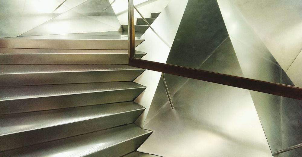 Exhibition Architecture Absorbing Stairs