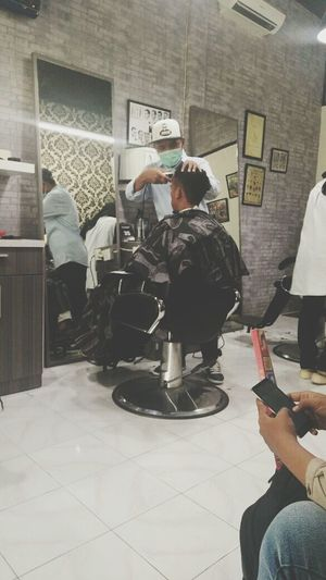 CutHair Barbershop Gadgetgrapher