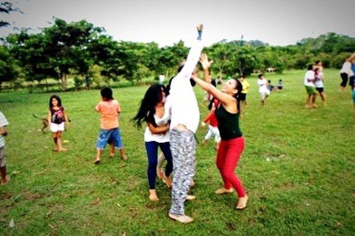 Dono da grife Cavalera brincando com os indígenas na Aldeia Yawanawá Brazil Indios Amazonas-Brasil 🇧🇷 Cavalera Acre