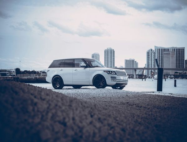 Car Miami Carporn Sonya7II ADV1 Rangerover Landrover  Photoshop Wheels Bay
