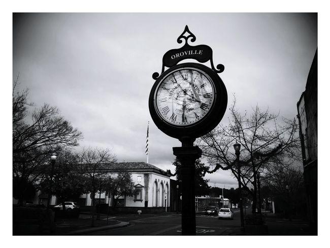 Watch The Clock montgomerystreet oroville