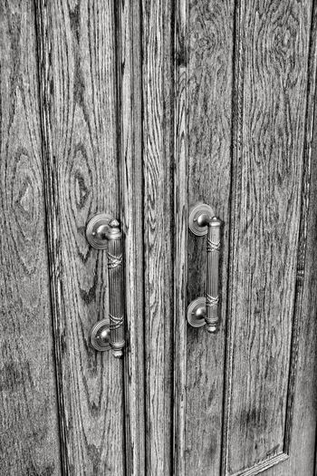 Visual Journal May 2018 Lincoln, Nebraska 35mm Camera A Day In The Life Camera Work EyeEm Best Shots FUJIFILM X100S Getty Images Lincoln, Nebraska MidWest Nebraska Pattern, Texture, Shape And Form Photo Essay State Capitol Visual Journal Always Taking Photos Backgrounds Close-up Closed Day Door Downtown District Entrance Eye For Photography Fujifilm Full Frame Handle Lock Metal Monochrome monochrome photography Nail No People Old On The Road Pattern Photo Diary Protection Rough S.ramos May 2018 Safety Schwarzweiß Security Textured  Travel Destinations Wood Wood - Material Wood Grain