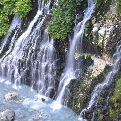 白ひげの滝 滝 風景 北海道