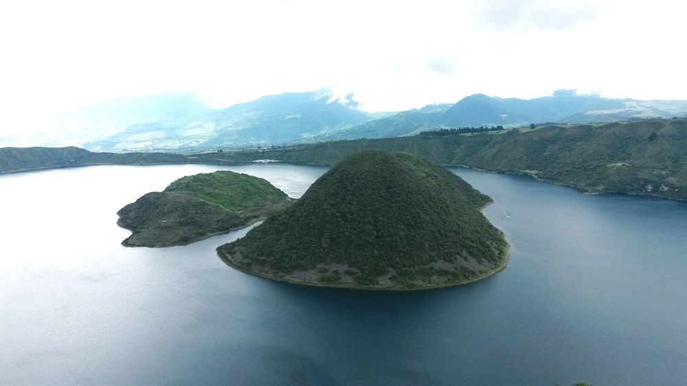 Quicocha in Ecuador♥ Ecuadoramalavida Amazing View Mountain Water Lake Beauty In Nature Landscape Tranquil Scene No People Outdoors Cloud - Sky Aerial View Travel Destinations Colours Of Nature Wanderlust Travelling MyWorldInPictures Flying High