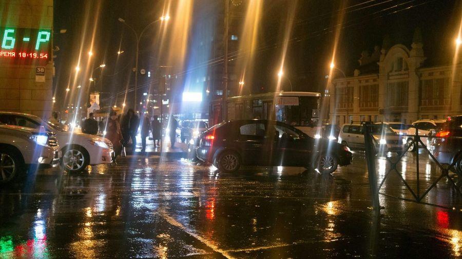 Street Streetphotography Novosibirsk Light And Shadow Night Lights