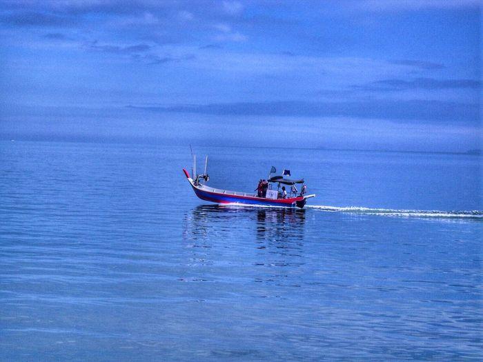 Fishing boat #fishingboats #penang #sampan Nautical Vessel Water Blue Men Sailing Horizon Over Water Sailboat Ocean Calm Boat