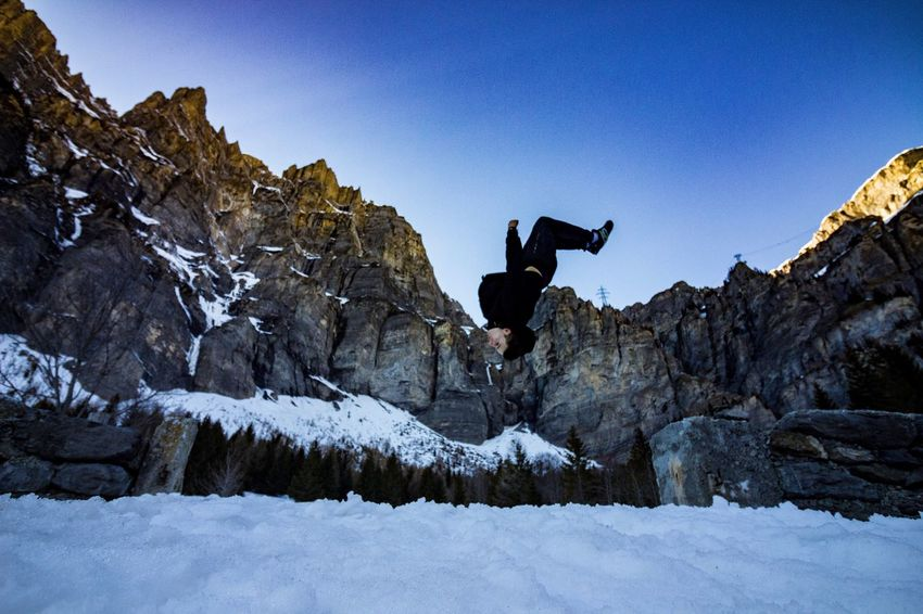 Can't take normal photos... Backflip Mountains Leukerbad Switzerland Snow Parkour Freerunning Gymnastics Canon Canonsport Canonswitzerland Winter
