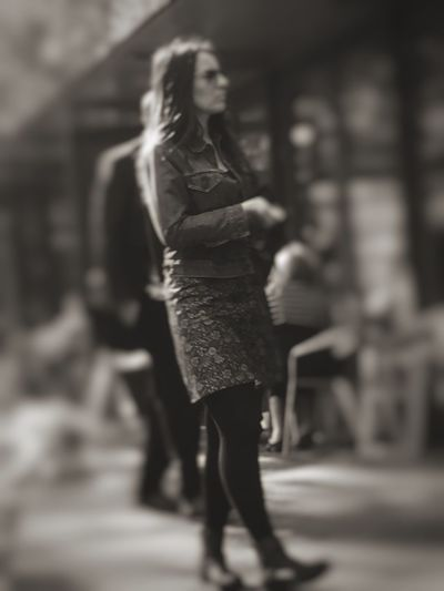 Walking woman... Monochrome Streetphoto_bw Meeting Friends Eye4photography  The Places I've Been Today Taking Photos Street Photography Blackandwhite EyeEm Best Edits Pretty Woman