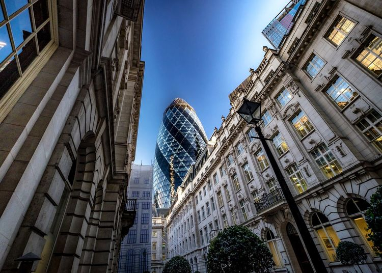 The Gherkin Gherkin Tower Gherkin London LONDON❤ Photography Cityscapes City Photo Photooftheday Battle Of The Cities