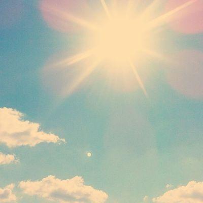 Raki bulutları çekince bende güneşi çektim e güneşin kızıyım ayı mı cekicem tabi ki güneşi cekicem asdaaxSdadf