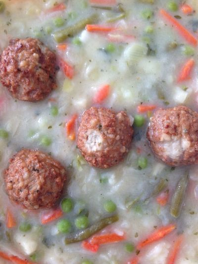 Suppe Soup Soup Of The Day Meatball Fleischbällchen Möhre Möhren Carrot Carottes Bean Beans Bohnen Erbsen Erbse Peas Reis Rice Noon Noontime  Mittag Mittagessen Lunch Lunch Time! Lunchtime Meal