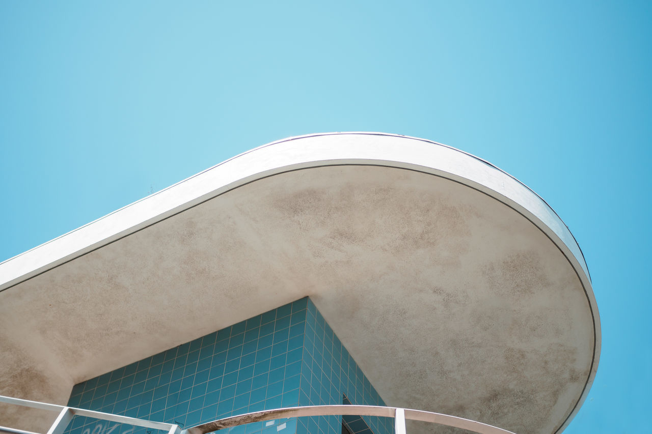 architecture, clear sky, built structure, no people, blue, building exterior, low angle view, semi-circle, modern, day, outdoors