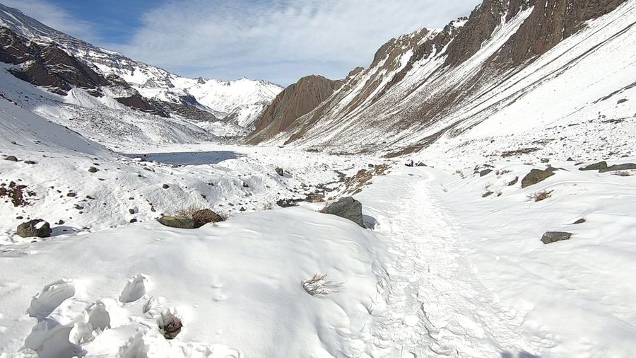 Mountain snow, valley and landscape Cold Temperature Snow Winter Mountain Beauty In Nature Scenics - Nature Mountain Range Snowcapped Mountain Nature